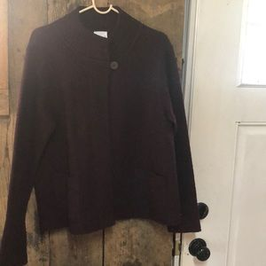 Burgundy wool jacket w/one button on collar